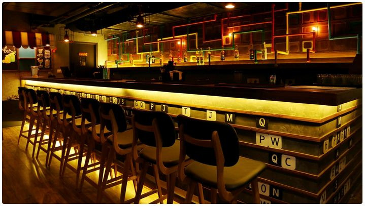 interior of noida bar exchange sector 18