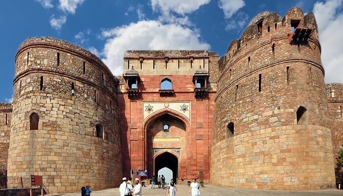 Old Fort (Purana Quila)  - Romantic Places In Delhi NCR